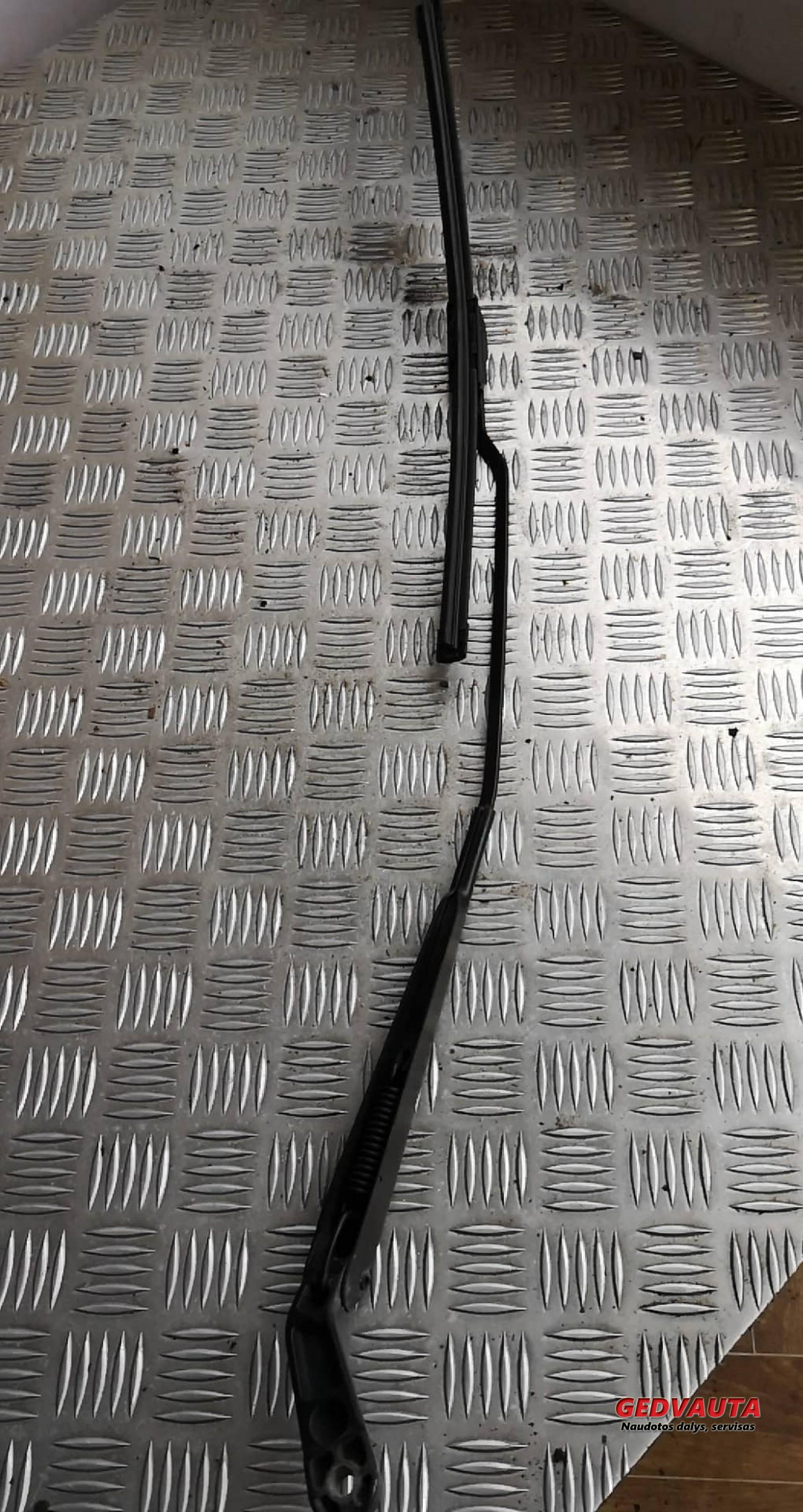 Ножка стеклоочистителей лобового стекла