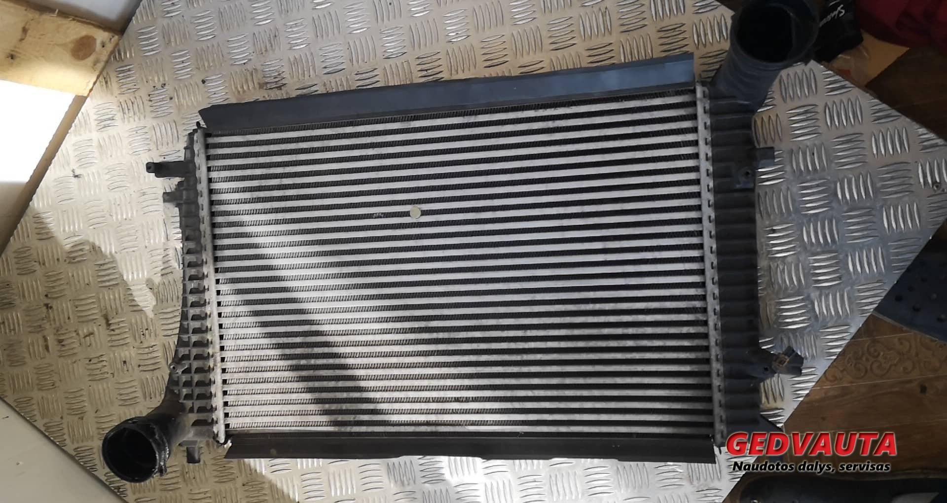 Interkūlerio radiatorius